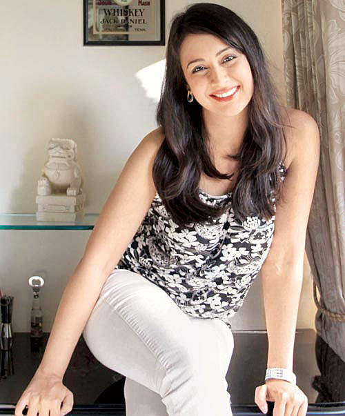 Preeti jhangiani Biography, Lifestyle, Height, Wiki, insta, Net Worth, Income, Salary, Cars, Affairs, Awards, Family, Facts & Favorites