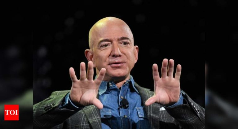 With Bezos Out As Amazon CEO, Is This End Of His Question-Mark Emails?