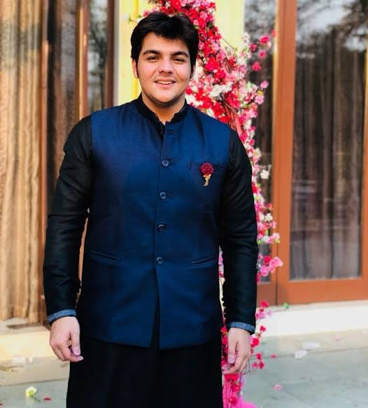 Ashish Chanchlani Wiki – Biography, Biography, Lifestyle, Height, Net Worth, Family, Facts, & Favourites